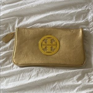 Faux Tory Burch gold clutch! Looks brand new!